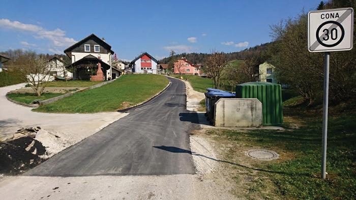 Lukovica_asfaltiranje_ceste (2)