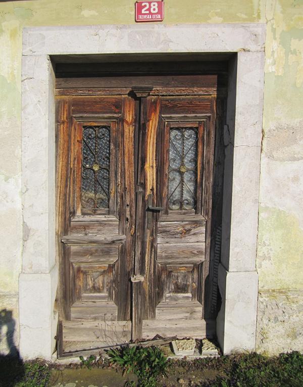vrata_menges-2